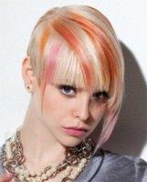 Какой цвет волос подобрать для яркого сценического образа
