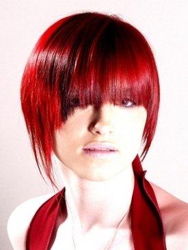 Эффектный красный цвет волос