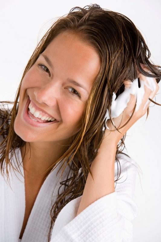 Дешевые рецепты домашних средств для блестящих волос