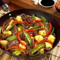 Мясо, обжаренное с овощами