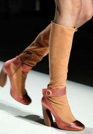 Туфли с ремешком-перемычкой «Мэри Джейн»