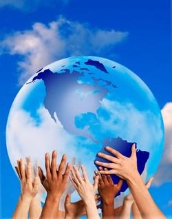 Земной шар в руках людей