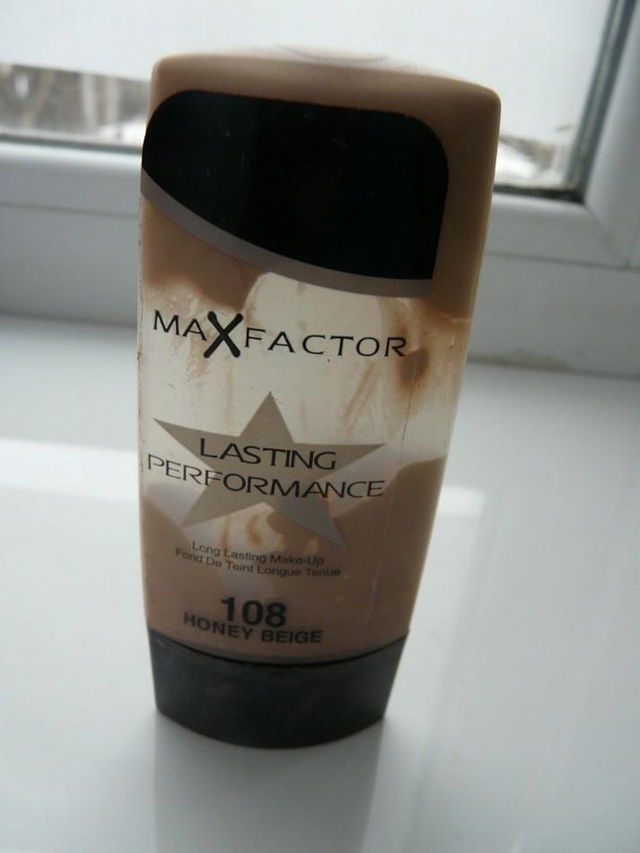 Тональная основа Lasting Performance от Max Factor